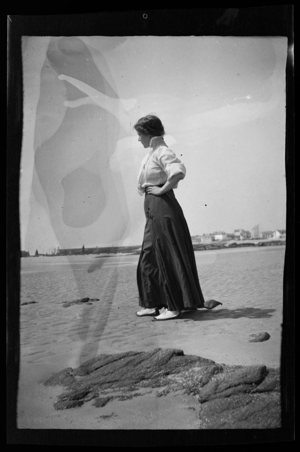 Anni Simberg Bretagnen hiekkarannoilla