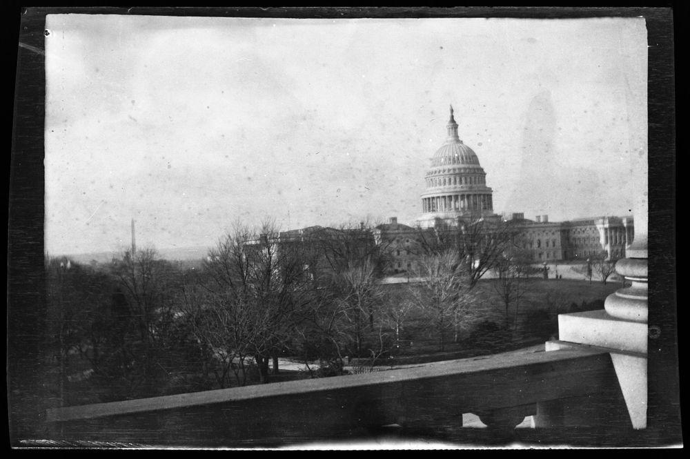 Washington-monumentti ja Yhdysvaltain kongressi Washington DC:ssä