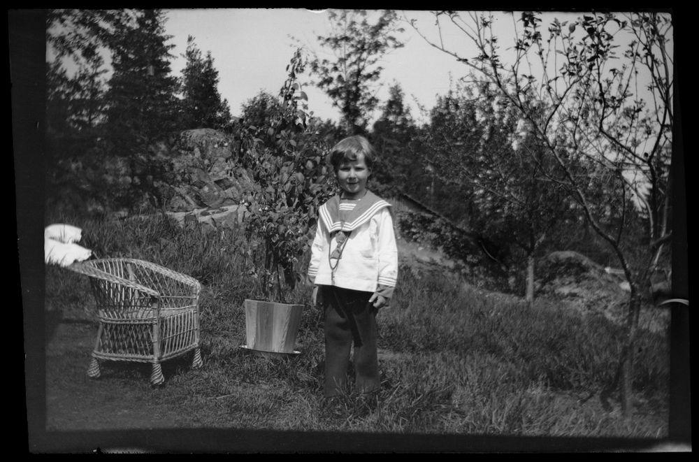 Tom Simberg merimiespuvussaan Ähtärissä