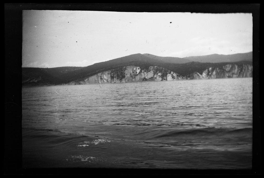 Maisemanäkymä laivalta Novorossiisk-Batumi vesireitin varrelta