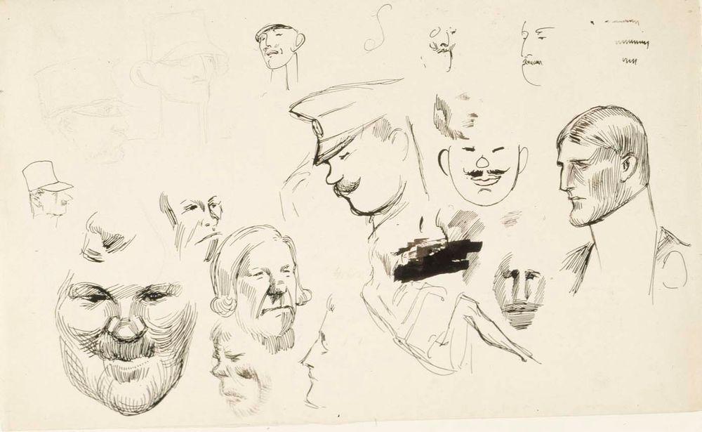 16 miesten kasvoharjoitelmaa, keskellä venäläinen sotilashenkilö