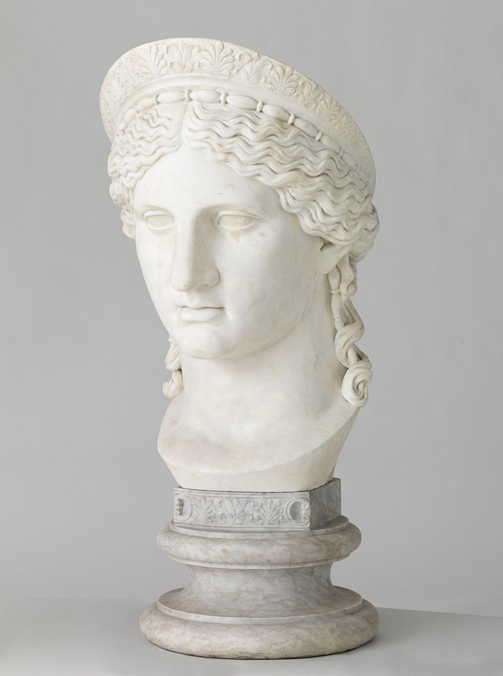 Hera Ludovisi, kopio Museo delle Termessa Roomassa olevasta kreikkalaisen patsaan roomalaisesta kopiosta