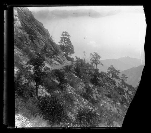 Vuoristomaisema Kaukasukselta
