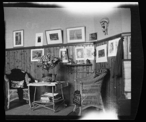 Hugo Simbergin kotiateljeen sisustusta  Luotsikadulla