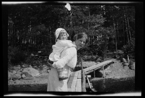 Anni ja Tom Simberg Selkärannan laiturilla