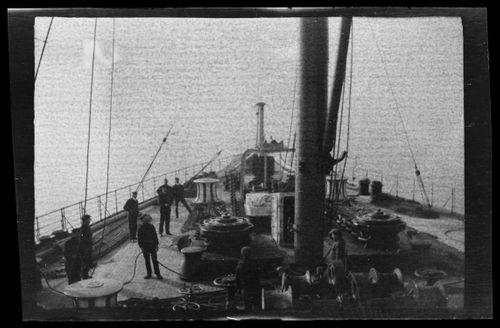 Miehistöä RMS Lusitanian kannella