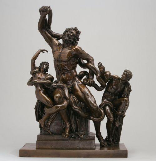 Laokoon-ryhmä, pienoisveistos antiikin teoksen mukaan