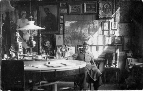 Ilja Repin ateljeekotinsa Penatyn salongissa Kuokkalassa