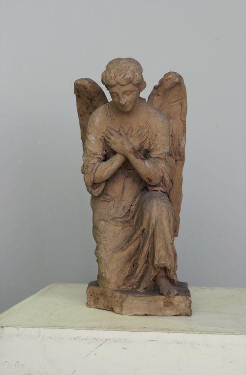 Rukoileva enkeli, luonnos