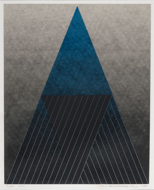 Triangle 4; (sininen)